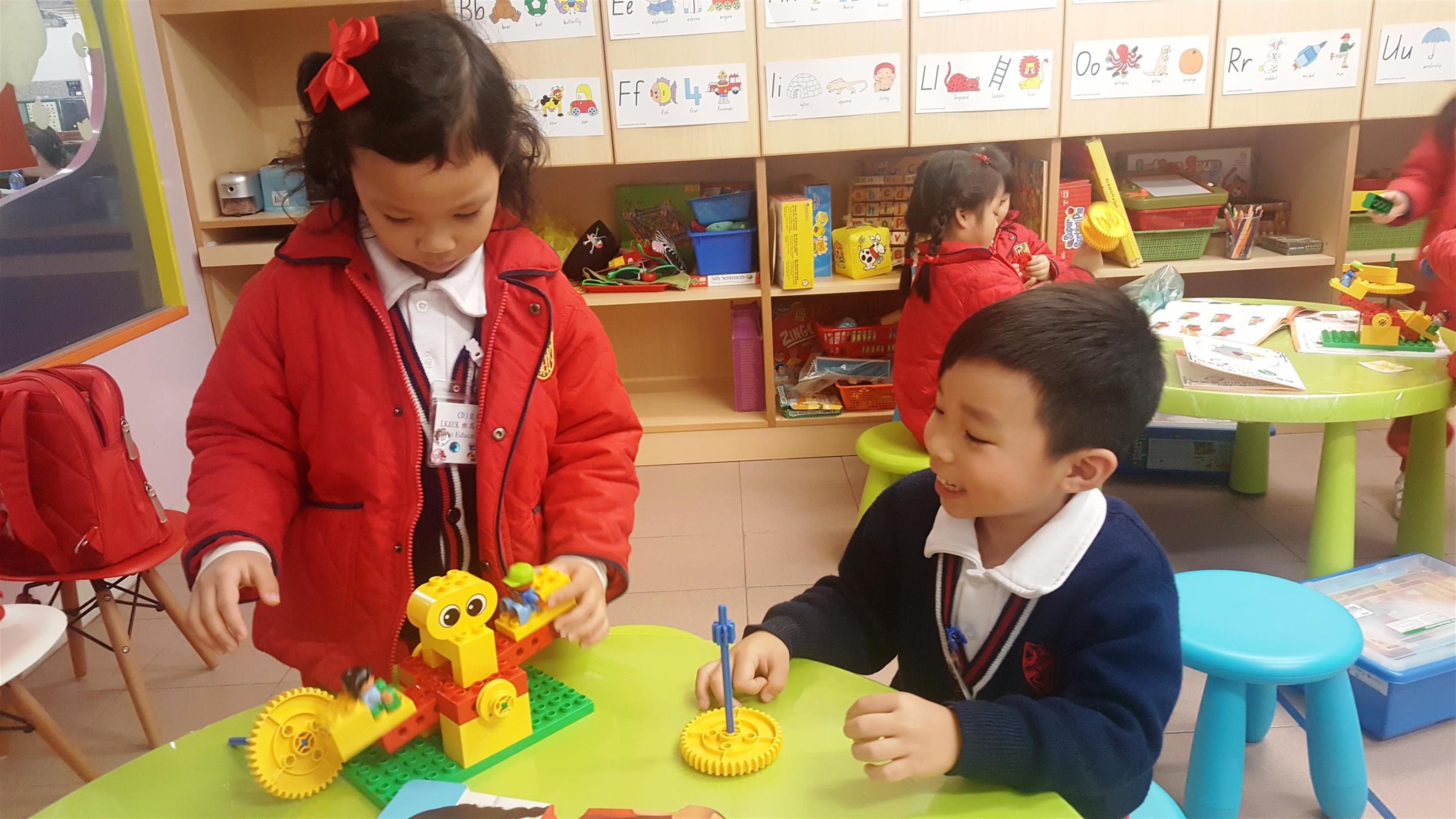 Lego Education STEM Class